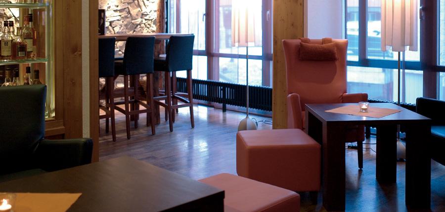 Hotel Eiger, Grindelwald, Bernese Oberland, Switzerland - Bar & lounge.jpg